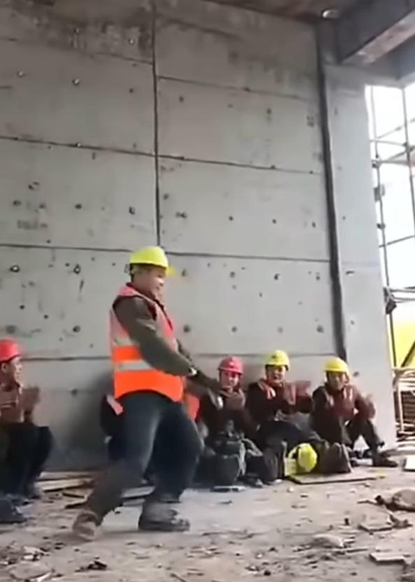 Hombre bailando