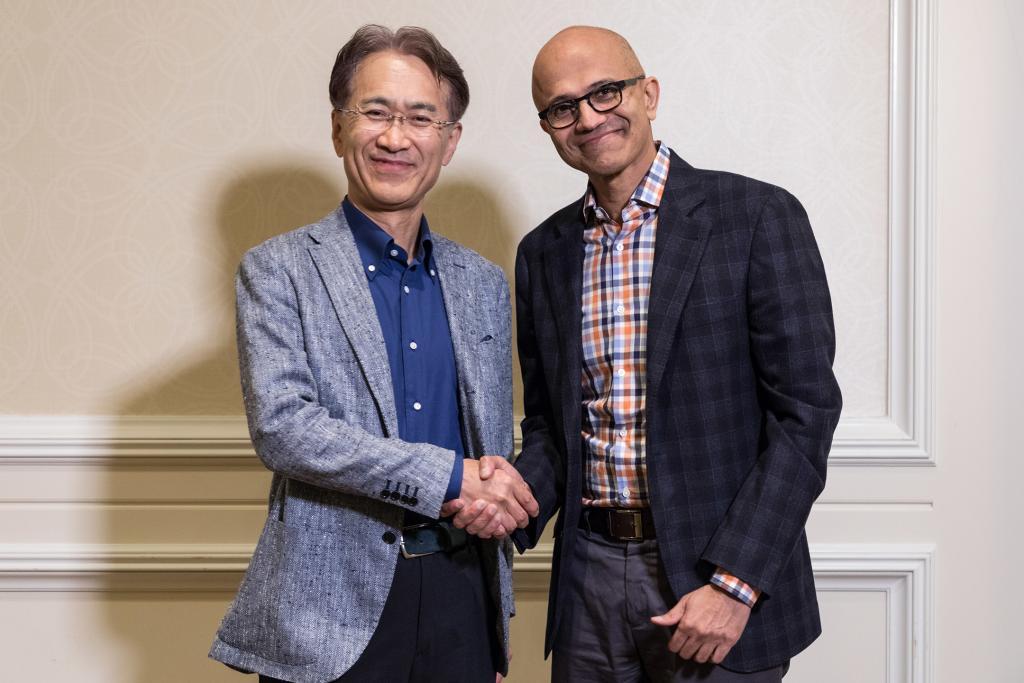 Microsoft, Sony